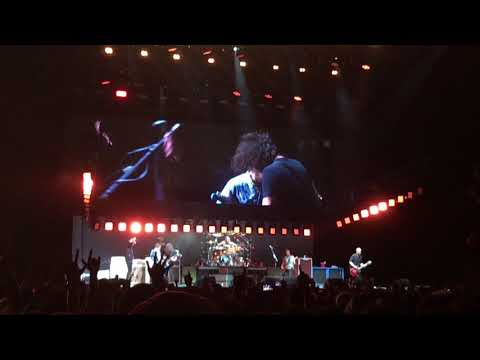 Watch the Foo Fighters and Rick Astley Rickroll a music festival crowd