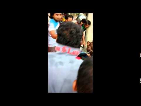 Video 2 orang india ditangkap ketika cubaan samun download in MP3, 3GP, MP4, WEBM, AVI, FLV January 2017