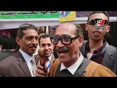 أحد المرشحين يستعين بـ«الرئيس السادات» في انتخابات «الصحفيين»