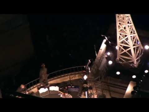 U2 - Vertigo (Live BBC Rooftop 2009) (High Quality video) (HD)