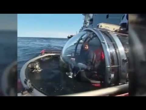 Putin dives to the sea floor in latest stunt