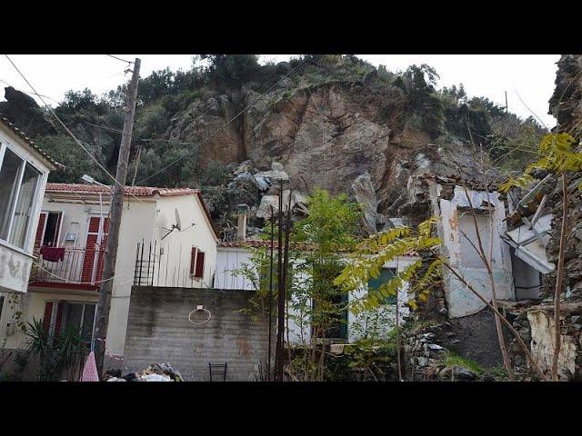 Λέσβος: Εκκενώθηκαν σπίτια στο Πλωμάρι λόγω κατολισθήσεων…