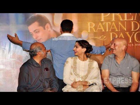Salman Khan Started The Trend Of Extending Arms: Sonam Kapoor