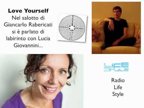 Lucia Giovannini nel salotto Radio Life Style parla di Labirinto...