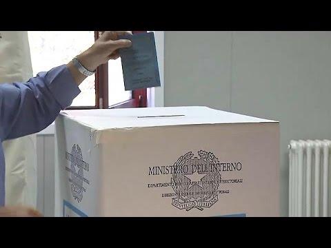 Ιταλία: Ο Μπερλουσκόνι επέστρεψε!