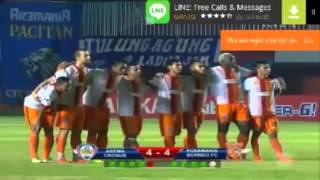 Video Tingkah Lucu C. Gonzales saat adu pinalti melawan pusamania borneo fc MP3, 3GP, MP4, WEBM, AVI, FLV Oktober 2017