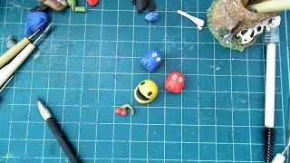 Let's make Pac-man and ghosts with clay!Follow us on https://plus.google.com/+YousangLee Like us on https://www.facebook.com/idea4artzFollow us on http://instagram.com/idea4arts