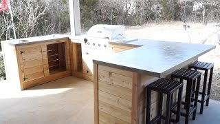 DIY Modern Outdoor Kitchen and Bar | Modern Builds | EP. 21