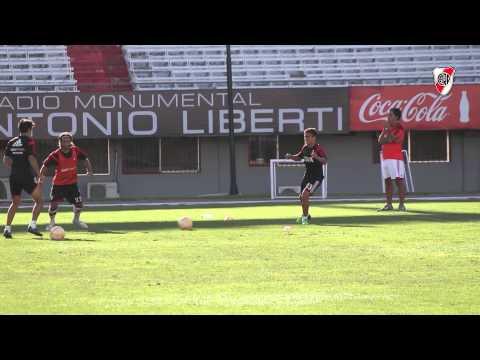 Entrenamiento en el Monumental antes del debut en la Libertadores