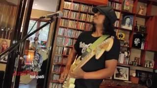 Download lagu Gugun Blues Shelter Kandas Mp3