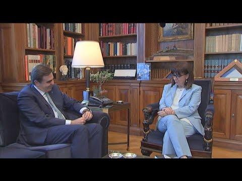 Συνάντηση της ΠτΔ Κατερίνας Σακελλαροπούλου με το Μαργαρίτη Σχοινά