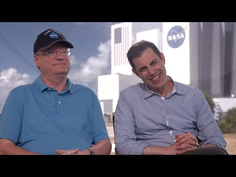 Josh Singer & Jim Hansen On The Legacy of Neil Armstrong (FIRST MAN Interview)