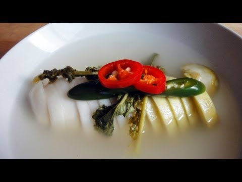 Korean Recipe: How make a Radish Water Kimchi – Dongchimi – 동치미