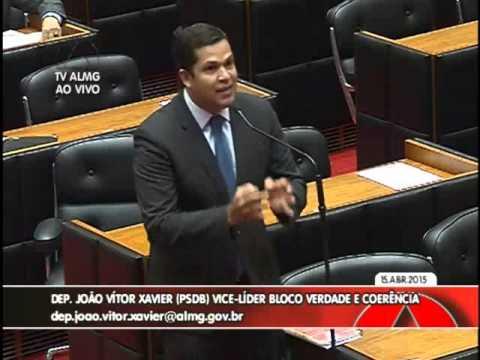 """O mineiro vai pagar pedágio para continuar morrendo na BR-040"", protesta João Vítor Xavier na ALMG"