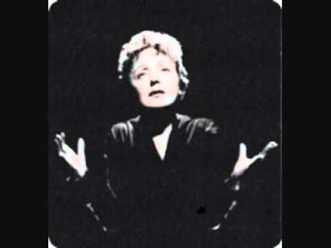Tekst piosenki Edith Piaf - Dans ma rue po polsku