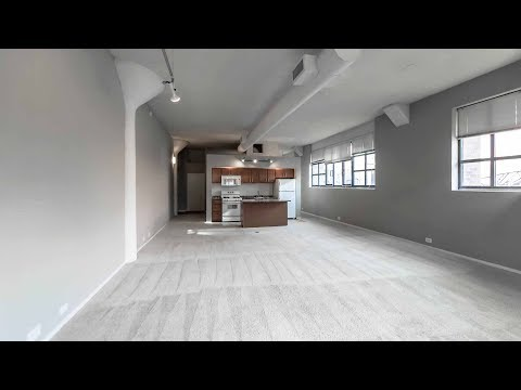 A sunny one-bedroom loft in Old Town at Cobbler Square