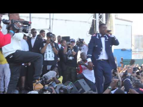 Jay Electronica brings out Jay Z during Brooklyn Hip-Hop Festival