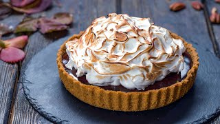 No-bake Chocolate Pecan Pie with Meringue Topping