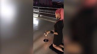 Ритуал от модели Playboy