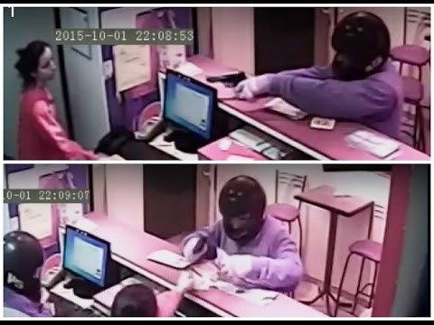 El momento del robo en Lomitos 2 x1 (Video de seguridad aportado por Pablo Souberan)