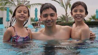 Video مفاجأة أطفالي بعد المدرسة بالسفر!! MP3, 3GP, MP4, WEBM, AVI, FLV Agustus 2018