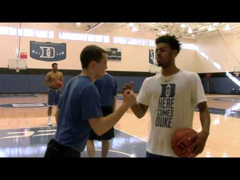 Quinn Cook: Master Of Handshakes (3/18/15)
