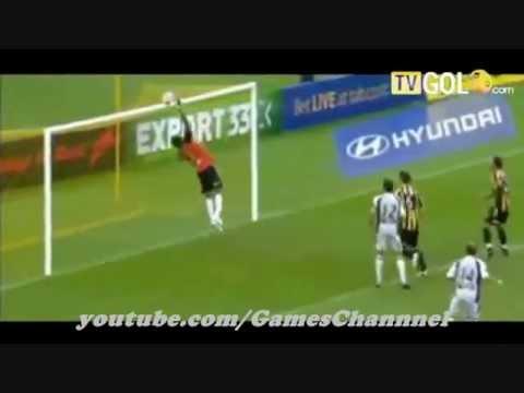 أبرز لقطات كرة القدم العالمية في سنة 2012