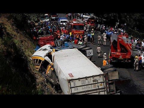 Ονδούρα: Δεκάδες νεκροί από σύγκρουση λεωφορείου με φορτηγό