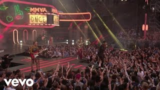 DNCE - Kissing Strangers (Live From iHeartRADIO MMVAs/2017) Video