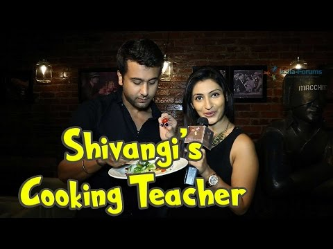 Chef Ripu Daman Handa becomes a cooking teacher fo