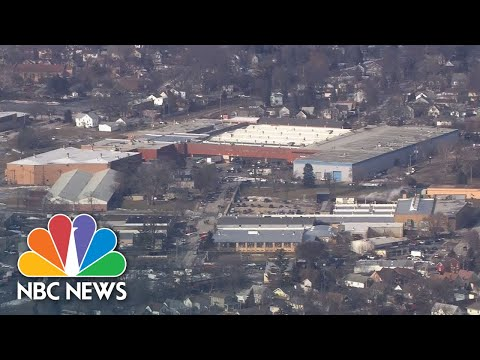 Watch live: Police respond to shooter at Illinois manufacturing plant