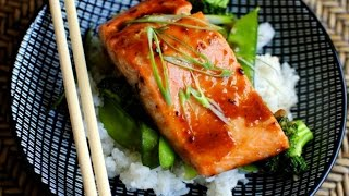 Honey Teriyaki Glazed Salmon with Stir Fry Veggies Facebook: https://www.facebook.com/C00KINGR00M Twitter: https://twitter.com/C00KINGR00M YouTube: http://ww...