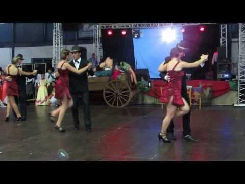 IV Festa da Uva em Três Palmeiras 2014 ( Apresentações)
