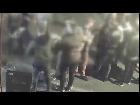 Wideo1: Uderzył kobietę pięścią w twarz (drastyczne sceny)