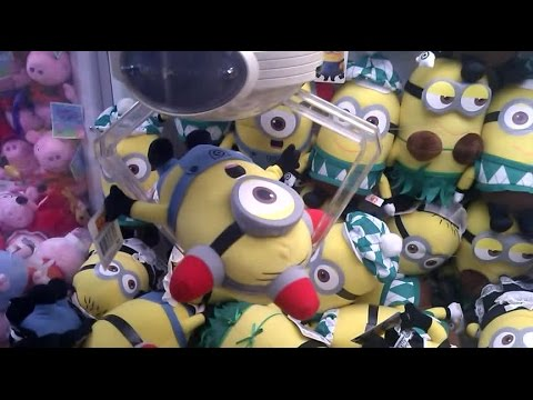 NEW MINIONS! UFO Catcher Wins! 2 In 1 Minion Claw Wins!!!(BEE-DO BEE-DO)