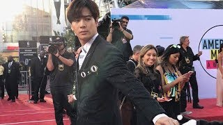 Video Snoop Dogg shares a viral video of GOT7 Jackson at the AMAs 2017 MP3, 3GP, MP4, WEBM, AVI, FLV Maret 2018