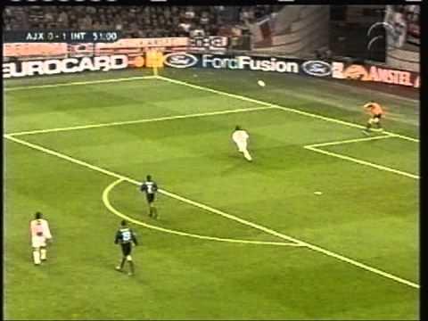 12 novembre 2002: ajax 1 - inter 2 - doppietta di crespo
