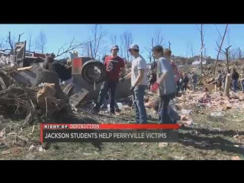 Jackson High School students help Perryville MO tornado victims