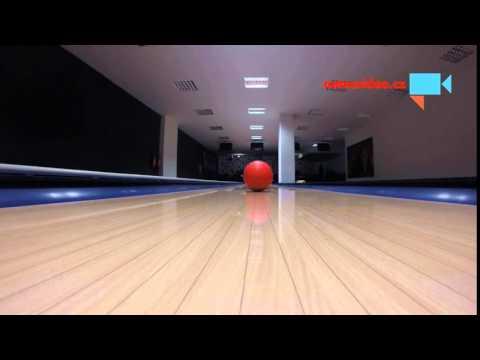 Bowlingová koule!