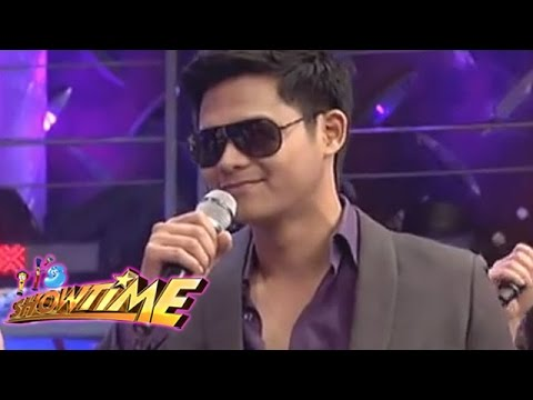 Showtime - IT'S SHOWTIME Monday-Saturday, 12NN Visit our official website! http://www.abs-cbn.com http://www.push.com.ph Facebook: http://www.facebook.com/ABSCBNnetwork...