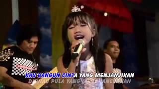 Video Ina Permatasari - Secawan Madu [Official Music Video] MP3, 3GP, MP4, WEBM, AVI, FLV April 2019