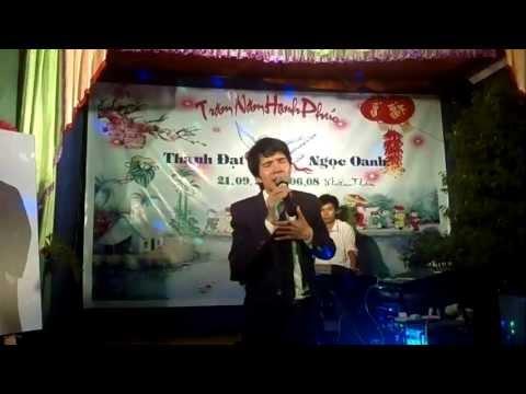 Hồ Quang 8 hát đám cưới