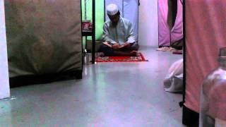 tadarus membaca al-qur'an di bulan ramadhan
