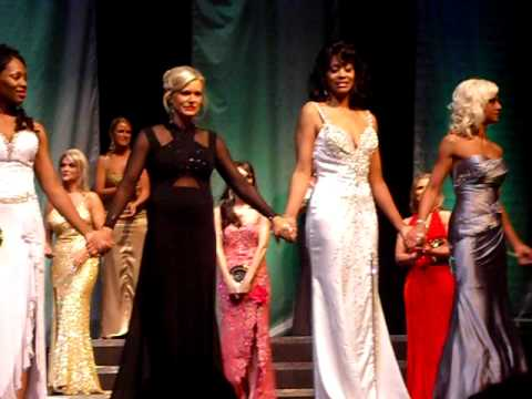 Crowning of Mrs. Michigan America 2010