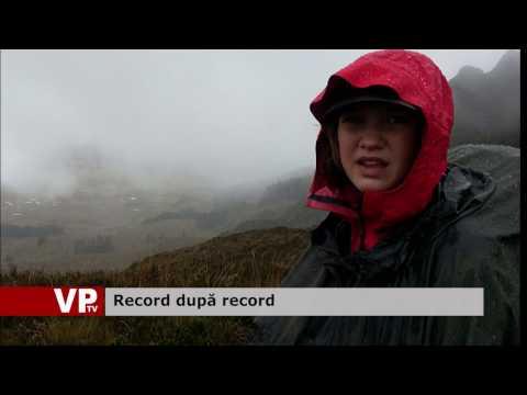 Record după record