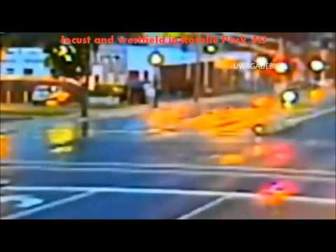 Wypadek - samochód wyskakuje w powietrze