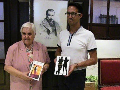 """Presentación en Isla Cristina del Libro de Encarna Nogales """"Lo que nunca hice a tu lado""""."""