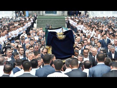 Ουζμπεκιστάν: Κηδεύτηκε ο Ισλάμ Καρίμοφ