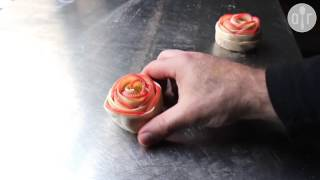 Różyczki z jabłek i ciasta francuskiego