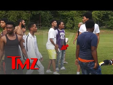 21 Savage Flashes Gun in Pool Party Fight | TMZ